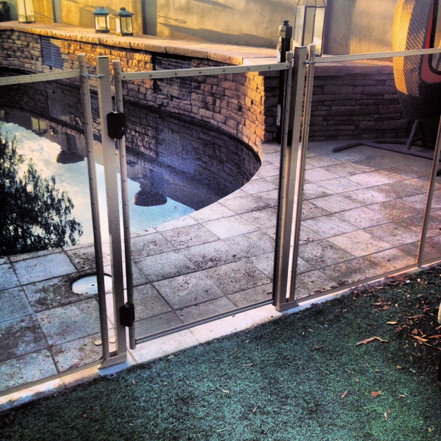 self latching gate for mesh pool fence